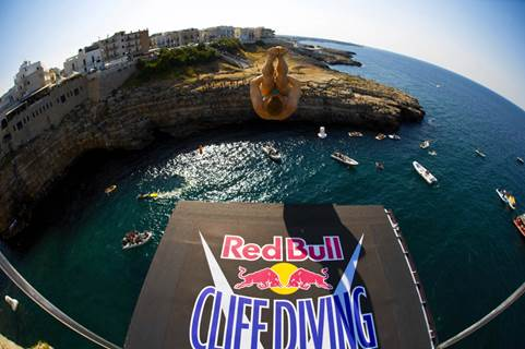 Red Bull Cliff Diving, Polignano a Mare