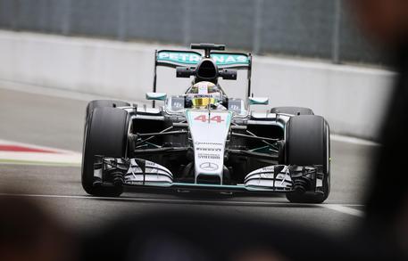 Lewis Hamilton partirà in Pole Position nel GP d'Italia di F1 a Monza