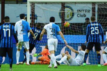 Icardi.Inter.2015.2016.zampata.690x400