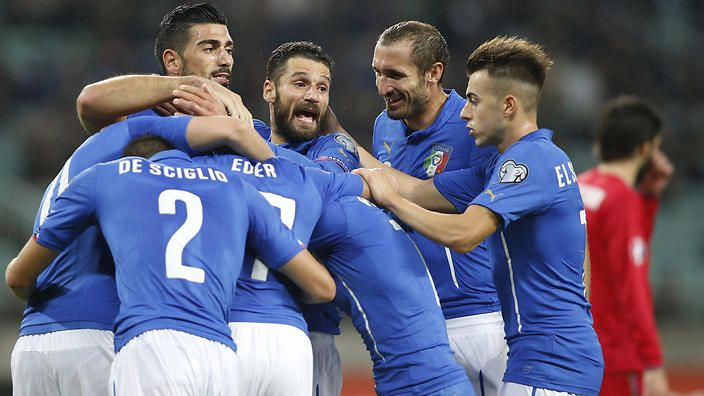 Italy's players  celebrate after scoring third goal during the Euro 2016 group H qualifying soccer match between the Azerbaijan and Italy at the Olympic stadium in Baku, Azerbaijan, Saturday, Oct. 10, 2015. (AP Photo/Mindaugas Kulbis)