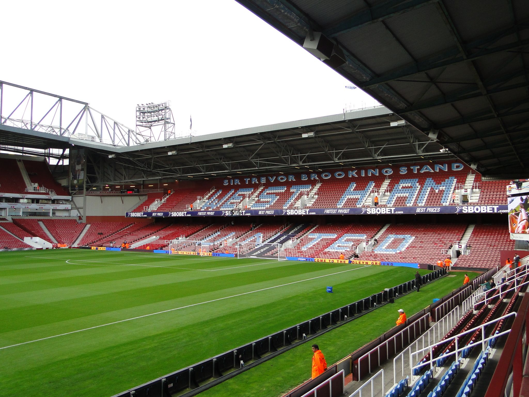 Boleyn Ground-Upton Park (Fonte: wikipedia)
