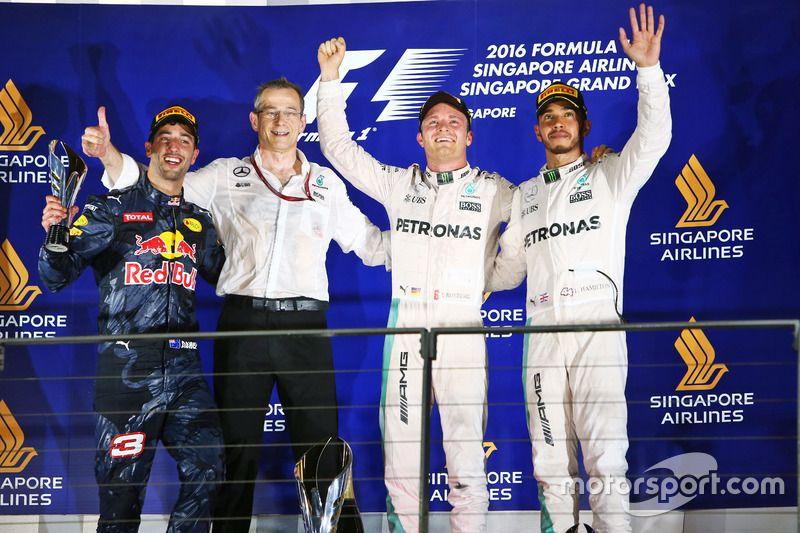 Il podio del GP di Singapore (foto da: vgezone.com)