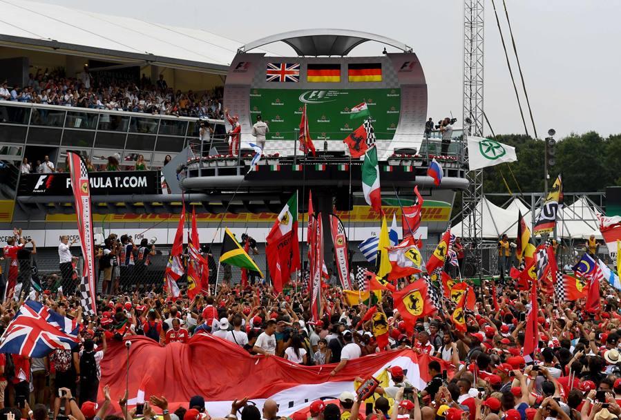 Lo spettacolo del podio di oggi a Monza (foto da: gazzetta.it)