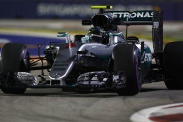 Con la 29.esima pole in carriera, Nico Rosberg eguaglia Juan Manuel Fangio (foto da: t-online.de)
