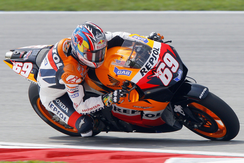Nicky Hayden in sella alla Honda, durante il Mondiale 2006 (foto da: theepochtimes.com)