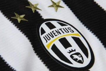 2a226b9a00000578-3145627-the_juventus_crest_and_three_gold_stars_as_they_appear_on_the_ne-a-34_1435740504835