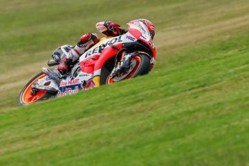 Marc Marquez ha centrato in scioltezza la pole nel GP d'Australia 2016 (foto da: thecheckeredflag.co.uk)