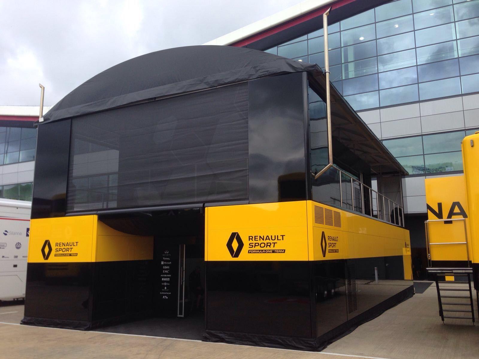 Il motorhome della Renault (foto da: schuler-trucks.com)