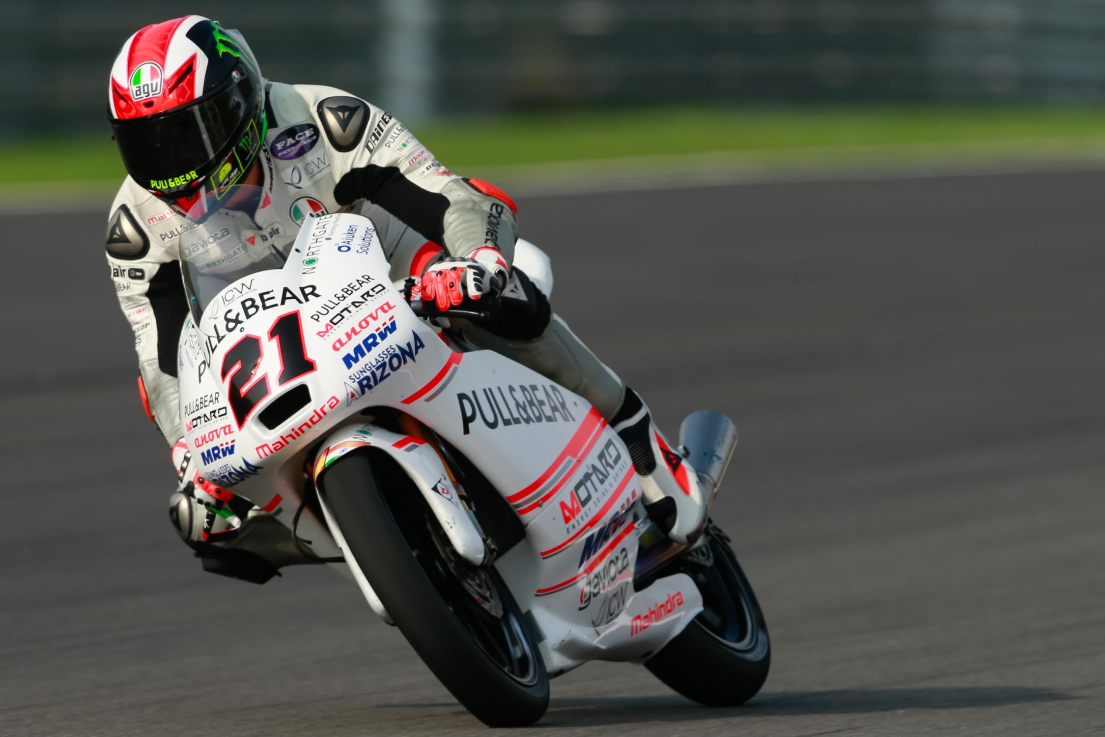 Seconda vittoria in stagione per Francesco Bagnaia, bravo a tenersi lontano dai guai in un GP di Malesia ad eliminazione (foto da: autonewsinfo.com)