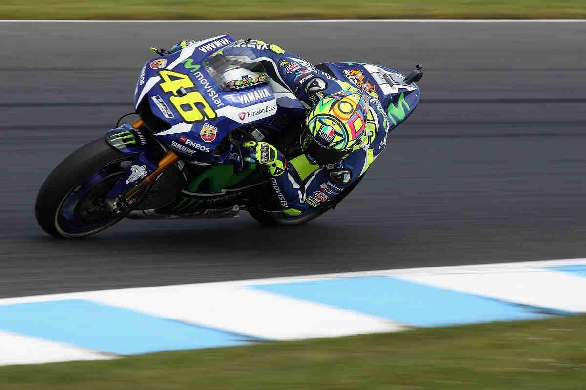 Può essere soddisfatto Valentino Rossi del suo GP d'Australia. Da 15° a 2°, ha praticamente messo in cassaforte il secondo posto in classifica (foto da: sportyou.es)