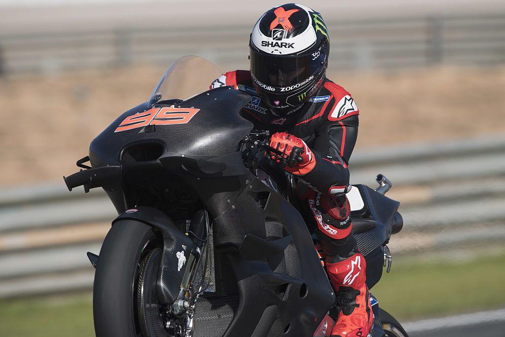 Jorge Lorenzo sulla Ducati a Valencia (Foto da: motoblog.it / Photo by Mirco Lazzari gp/Getty Images)