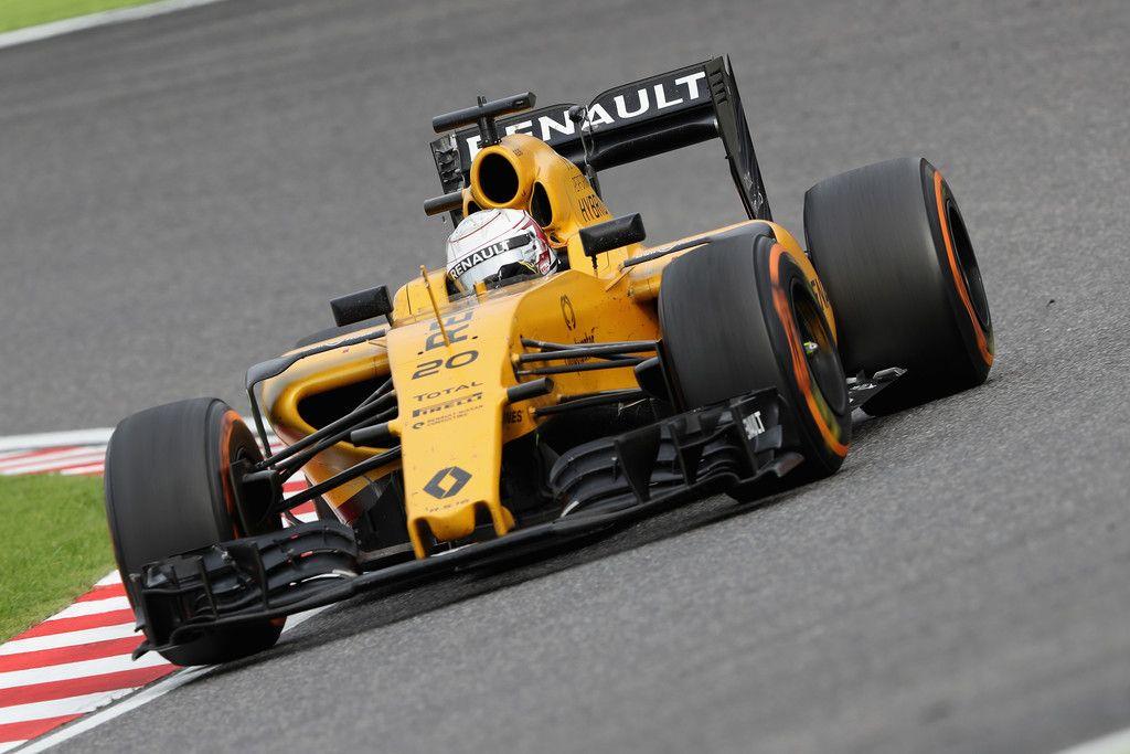 Kevin Magnussen al volante della Renault #20, durante il GP del Giappone (foto da: zimbio.com)