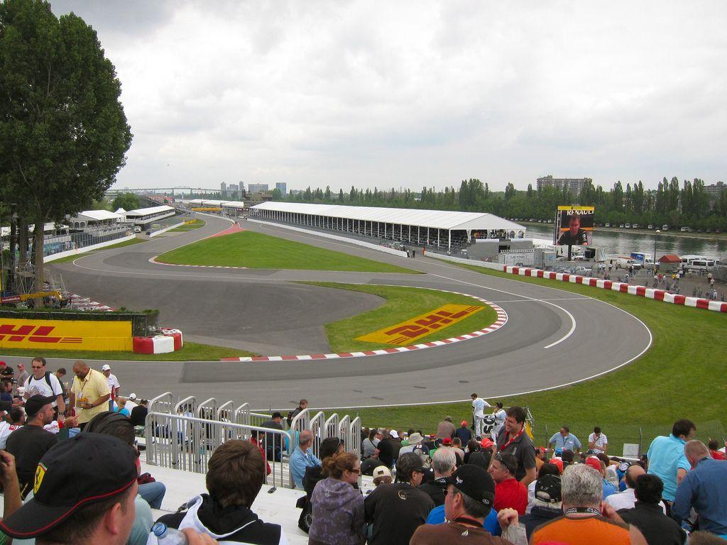 """Le prime due curve del circuito """"Gilles Villeneuve"""" di Montreal (foto da: flickr.com)"""