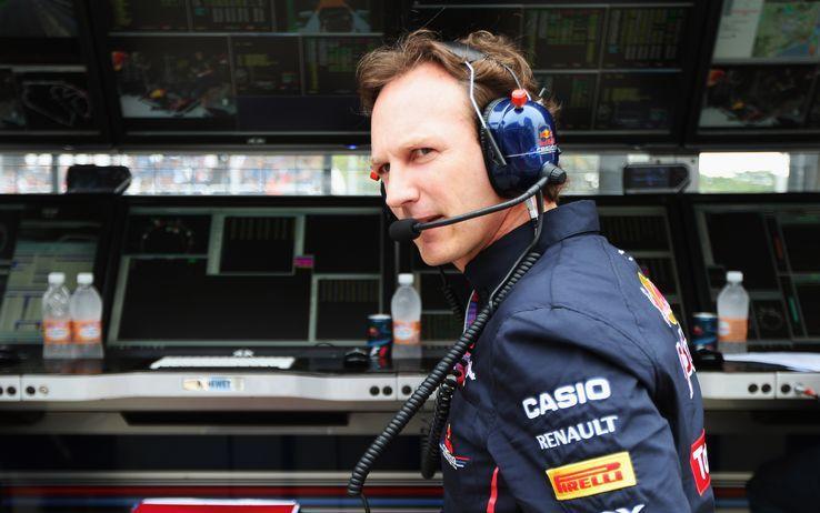 Chris Horner, team principal Red Bull, ha giustificato la strategia di Hamilton ad Abu Dhabi (foto da: news.superscommesse.it)