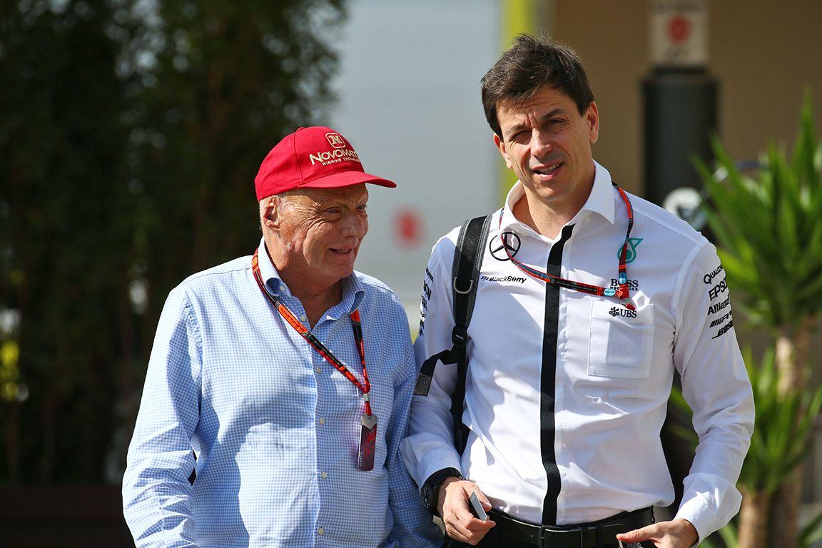 Niki Lauda e Toto Wolff, i due elementi di spicco della Mercedes in Formula 1 (foto da: sportnet.at)