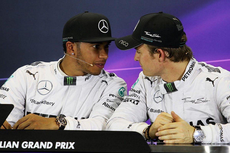 Lewis Hamilton e Nico Rosberg pronti al duello finale (foto da: redbull.com)