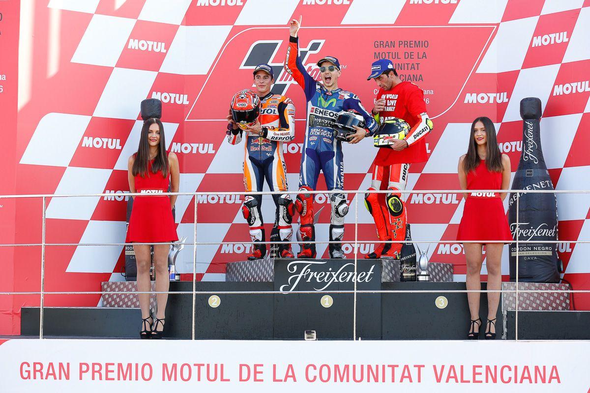 Il podio di domenica, classe MotoGP (foto da: bikesrepublic.com)