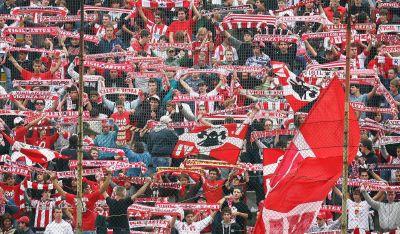 vicenza avellino - Vicenza 27/09/2008 Campionato di calcio serie B 2008-2009 Vicenza-Avellino Nella foto    tifosi del vicenza in festa Foto ghidoni/ag. Aldo Liverani sas