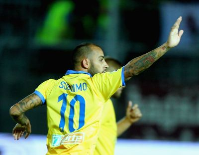 FROSINONE, ITALY - AUGUST 23:  Danilo Soddimo of Frosinone Calcio celebrates after scoring the opening goal during the Serie A match between Frosinone Calcio and Torino FC at Stadio Matusa on August 23, 2015 in Frosinone, Italy.  (Photo by Paolo Bruno/Getty Images)