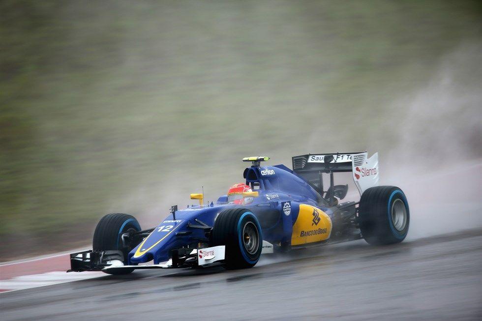 Felipe Nasr salva la stagione della Sauber con il 9° posto di Interlagos, unici due punti dell'anno per il team elvetico (foto da: grandepremio.uol.com.br/GettyImages)