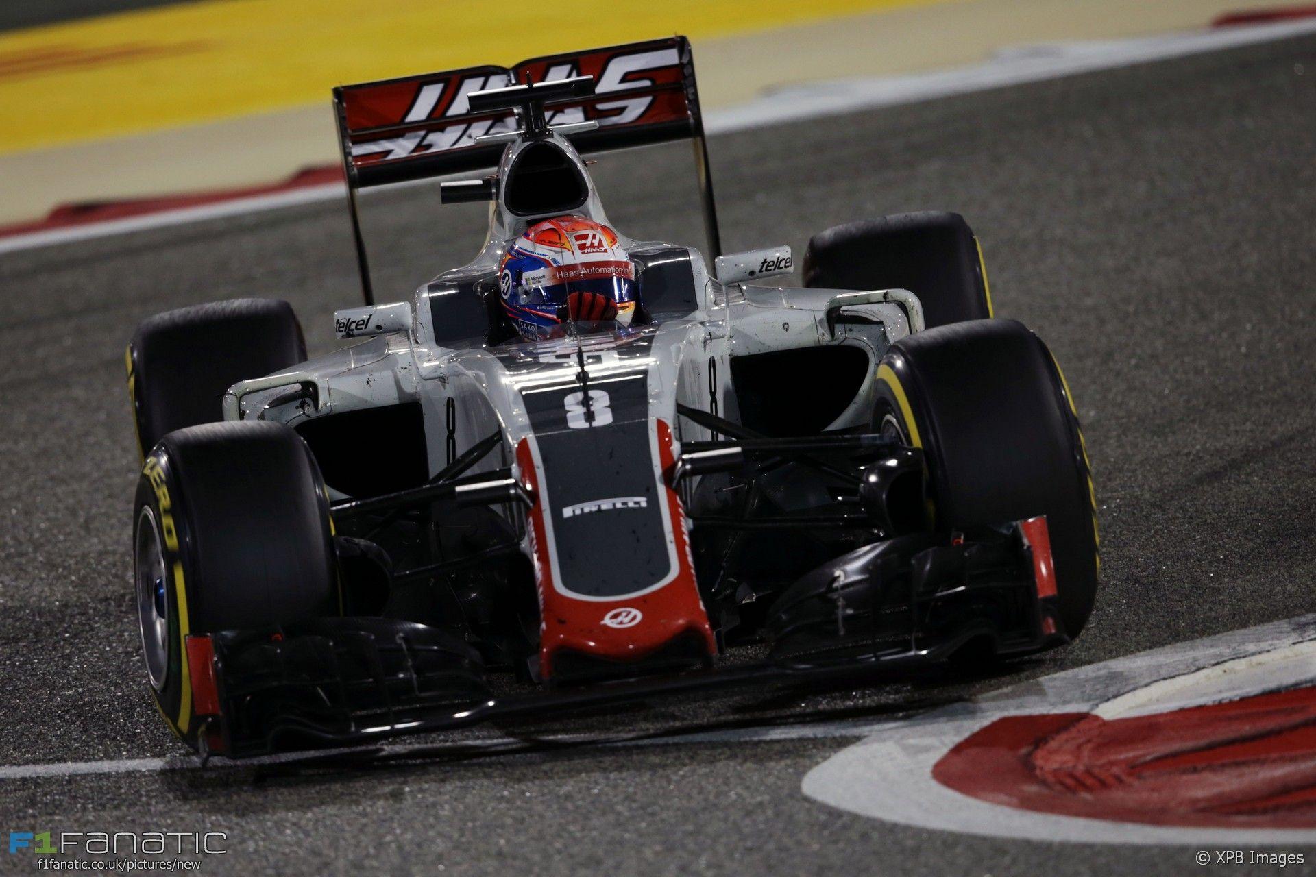 Buona la prima. Pur andando a punti con il solo Grosjean (in foto, durante il GP del Bahrain, chiuso al 5° posto), la Haas ha ottenuto un rimarchevole 8° posto Costruttori (foto da: f1fanatics.co.uk / XPB Images)