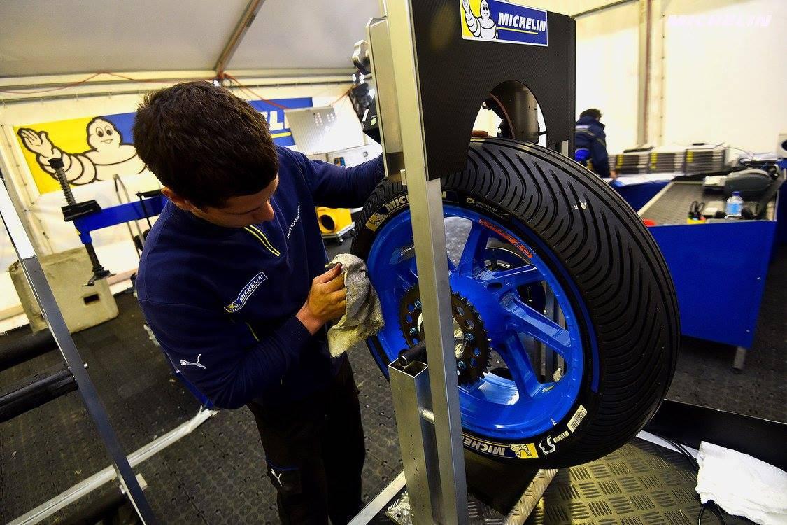 Niente più pneumatici intermedi dalla prossima stagione (foto da: tuttomotoriweb.com)