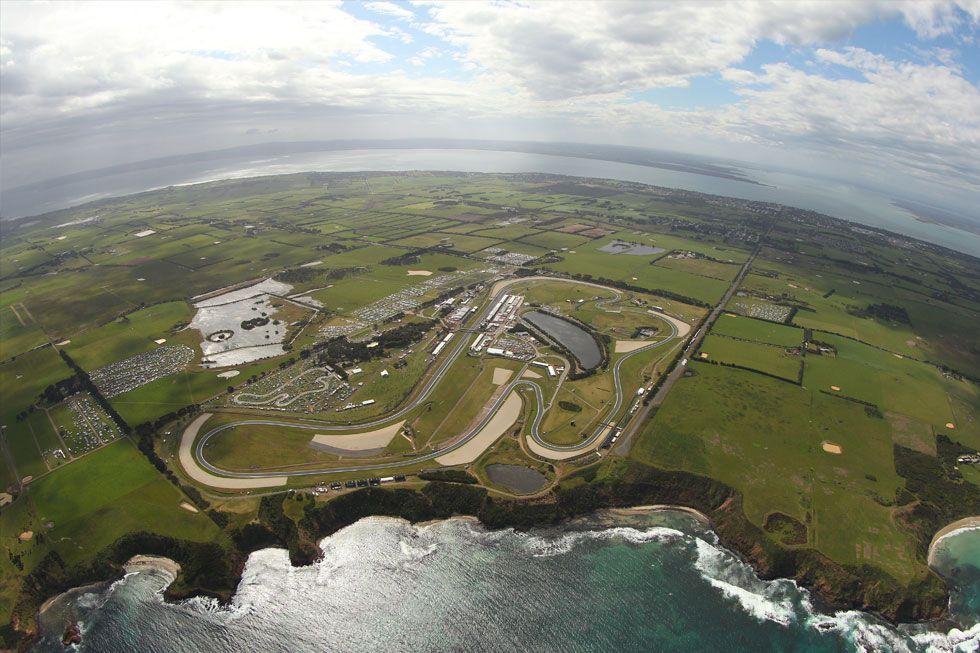 Vista aerea del circuito di Phillip Island, Australia, che ospiterà la prova d'apertura del campionato 2017 della Superbike, nel weekend 24-26 Febbraio (foto da: theage.com.au)