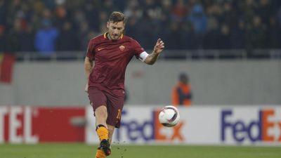 Francesco Totti alla sua 101° gara in Europa con la maglia della Roma