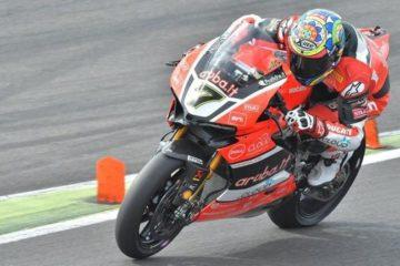 Chaz Davies, durante gli ultimi test sul circuito andaluso di Jerez (foto da: twitter.com)