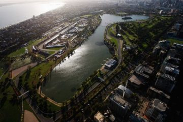 Vista aerea dell'Albert Park di Melbourne, circuito che vedrà l'apertura del Mondiale di Formula 1, il prossimo 15 Marzo (foto da: skysports.com)