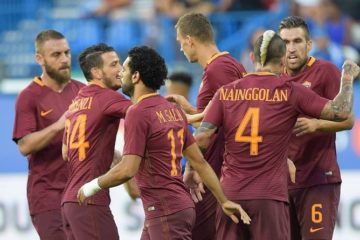 Esultanza in Roma-Crotone 4-0, gara d'andata