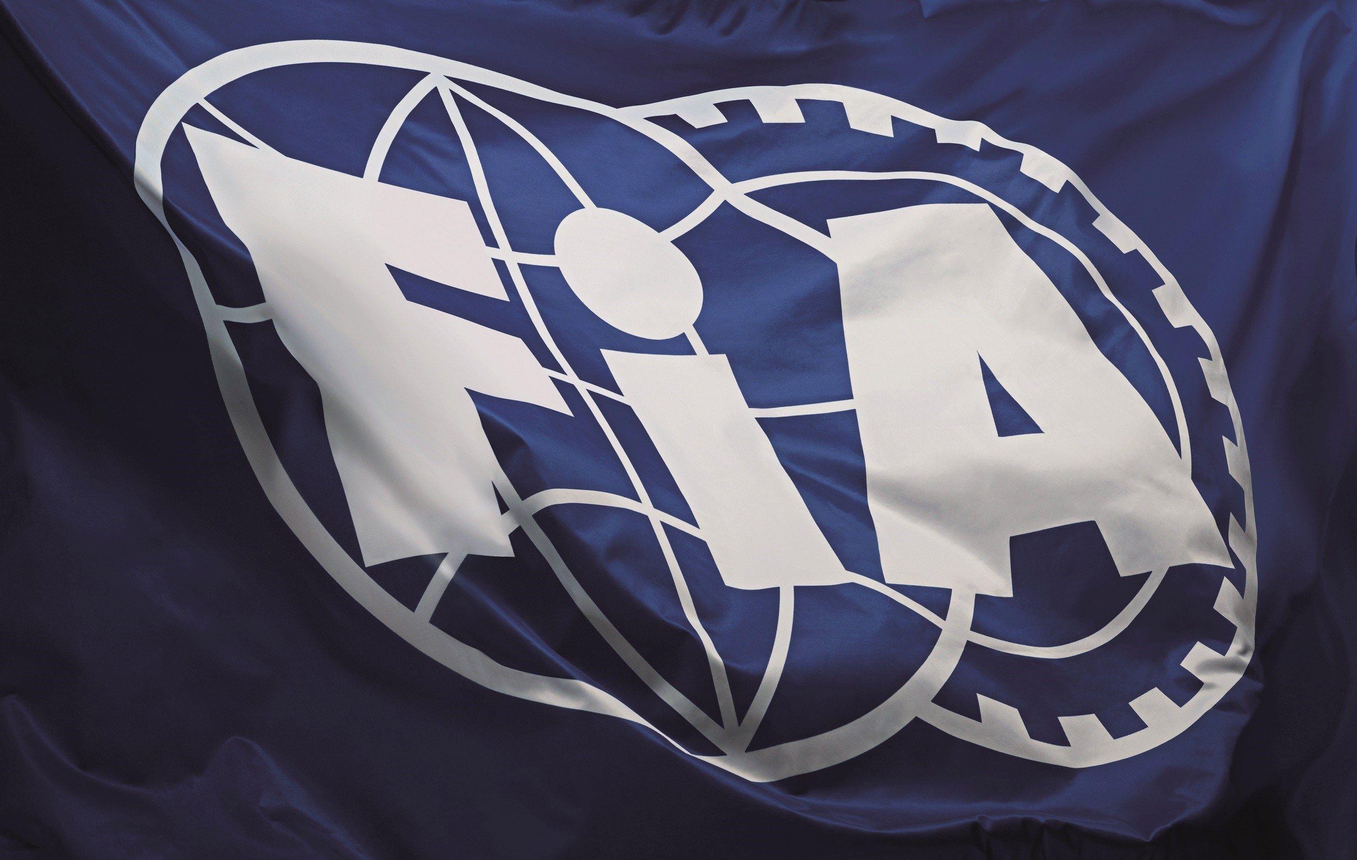 La bandiera della Federazione Internazionale dell'Automobile (foto da: f1madness.co.za)