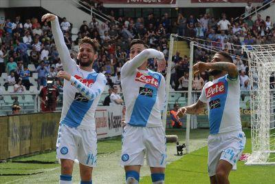 Calciomercato Napoli: Mertens e Callejon verso l'addio