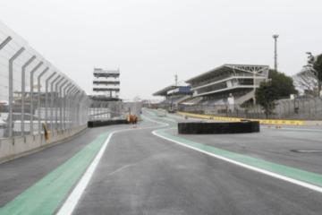 L'ingresso della pit-lane di Interlagos, come modificato negli ultimi anni (foto da: opopular.com.br)