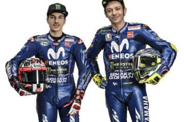 Maverick Vinales, in posa al fianco di Valentino Rossi, ha rinnovato con Yamaha fino al 2020 (foto da: iotomotif.com)