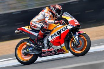 Marc Marquez in sella alla sua Honda, durante la sessione di test svoltasi a Buriram lo scorso febbraio (foto da: motogp.com)