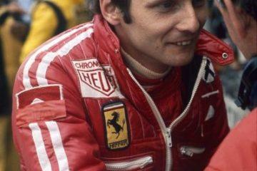 Un giovane Niki Lauda, nel Gp di Germania del 1976, il giorno del suo fatale incidente. Fonte: Twiitter Lauda