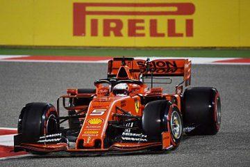 Vettel durante un giro di qualifica in Bahrain. Fonte: Twitter Vettel