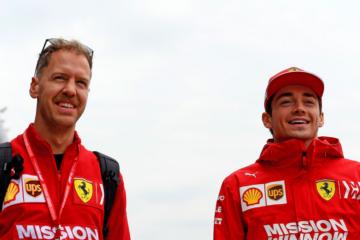 Sebastian Vettel e Charles Leclerc, durante il giovedì del Gran Premio di Cina (foto da: twitter.com/ScuderiaFerrari)