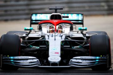 Con un gran giro, Lewis Hamilton si prende per la seconda volta in carriera la pole nel Principato di Monaco (foto da: twitter.com/MercedesAMGF1)