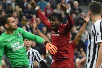 Il Liverpool vince a Newcastle ma Salah si fa male