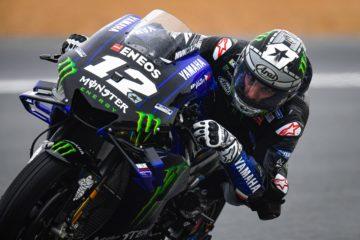 Anche sul bagnato, Maverick Vinales, Yamaha, si è confermato il più veloce, primeggiando nelle PL3 del Gran Premio di Francia di Le Mans (foto da: motogp.com)