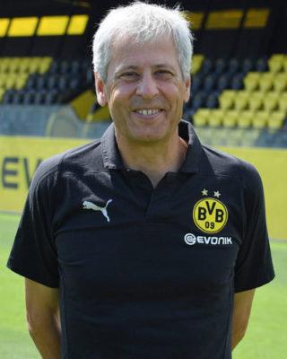 Il Borussia Dortmund rinnova il contratto al suo allenatore fino al 2021