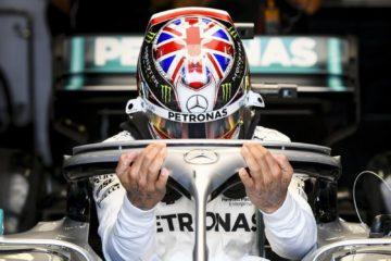 Hamilton sale sulla vettura per il gran premio d'Inghilterra.  Fonte: Twitter Hamilton