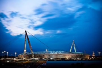 """Foto di copertina della pagina """"Facebook"""" ufficiale dello """"Allianz stadium"""""""