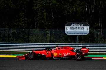 Charles Leclerc ha ottenuto il miglior tempo anche nella terza sessione di prove libere in Belgio (foto da: twitter.com/ScuderiaFerrari)