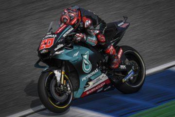 Il francese Fabio Quartararo, sulla M1 del team Petronas, è risultato il più veloce nel venerdì di Buriram (foto da: motogp.com)