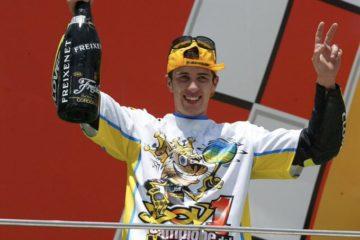 Dovizioso ricorda il suo primo titolo mondiale conquistato a Motegi nel 2004 in classe 125.  Fonte: Twitter Dovizioso