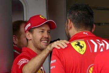 Vettel ai box nel circuito di Interlagos.  Fonte: Twitter Vettel