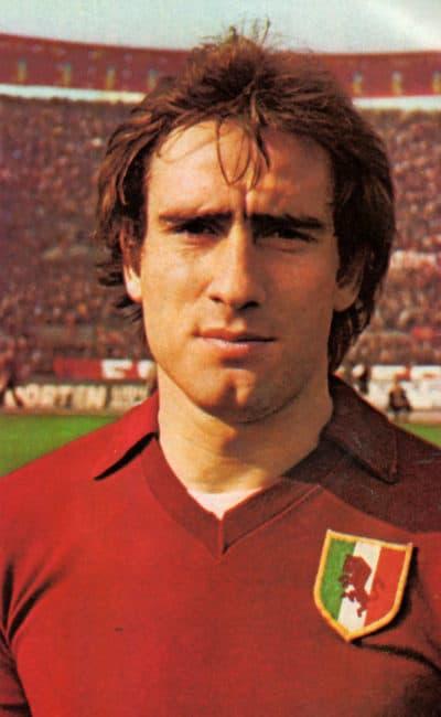 Francesco Graziani con la maglia del Torino nella stagione 1976-77